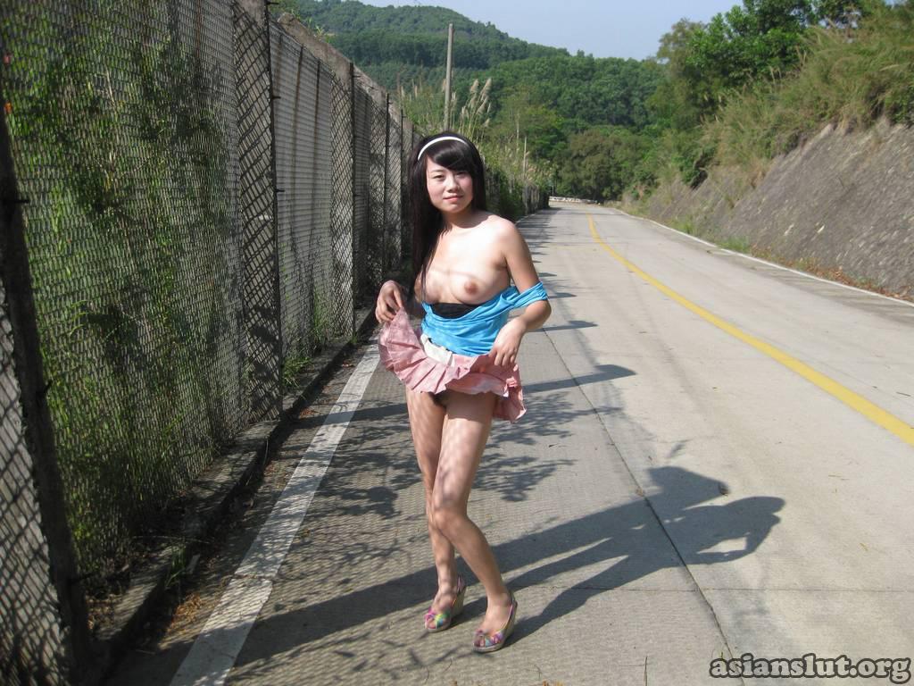 chinese slut yangyuling show her hairy pussy yangyuling