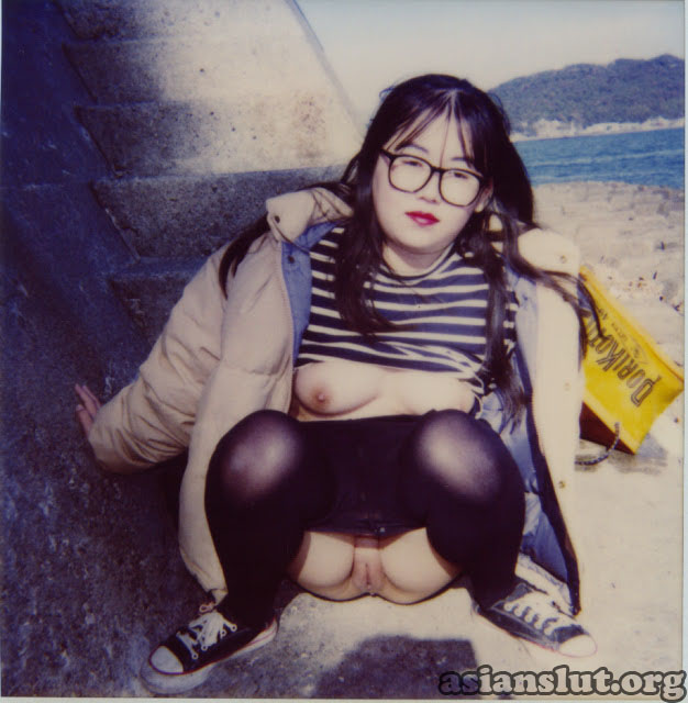 Chubby Japanese girl Mineko's naked posting and dirty sex photos leaked  Chubby