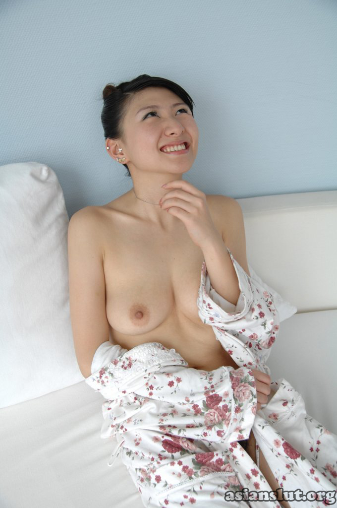 beautiful chinese model lulu naked posting photos lulu