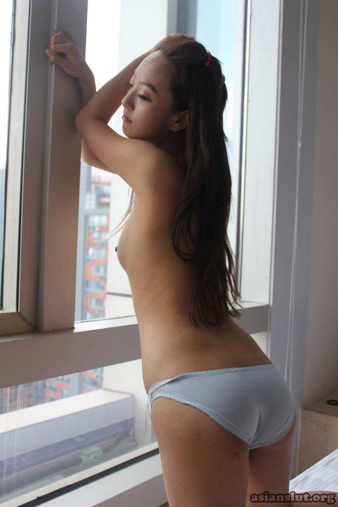 cute  pretty chinese model dailin nude   photos chinese model