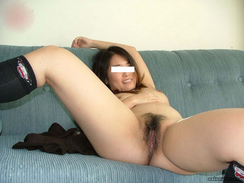 slutty mature asian woman exposed her hairy  pussy In public slutty mature
