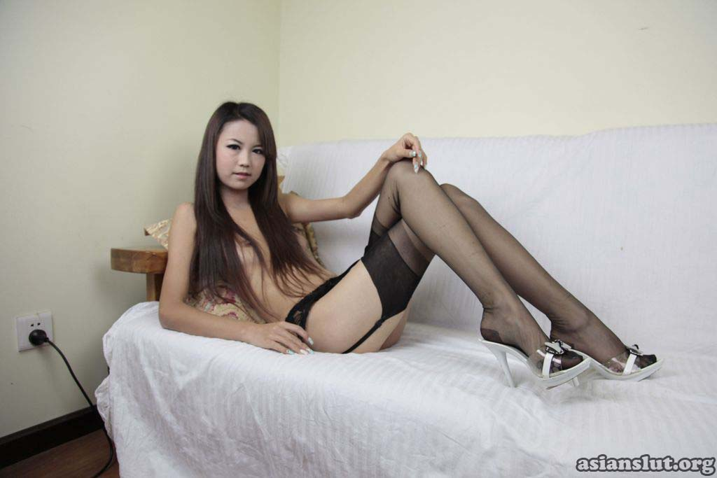 Free porn pics of hot naked chinese model danna spreading pussy pussy naughty danna chinese model