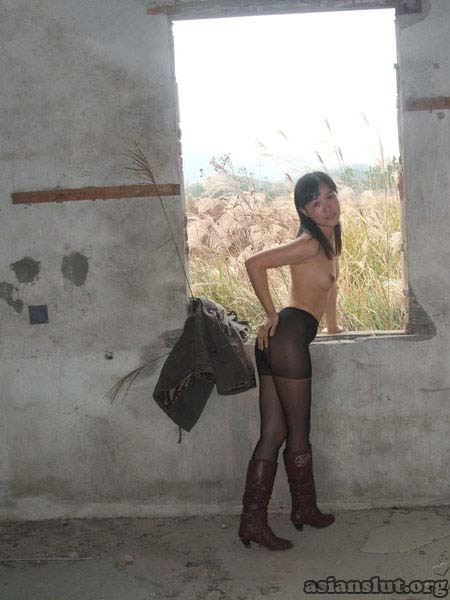 young lustful chinese wife 09