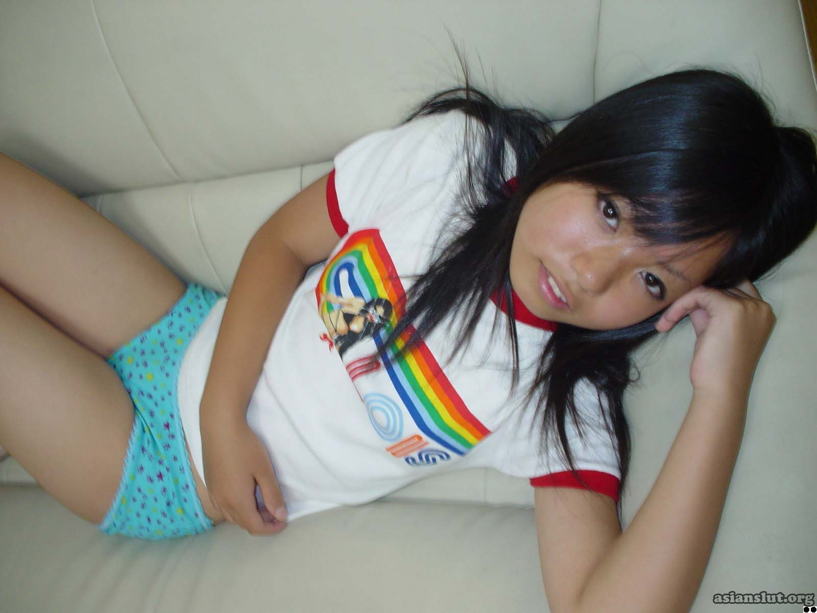 Cute petit  Japanese gir  Saki  show her tiny boobs and juicy pussy teen T shirt school porn Masturbate hairy pussy