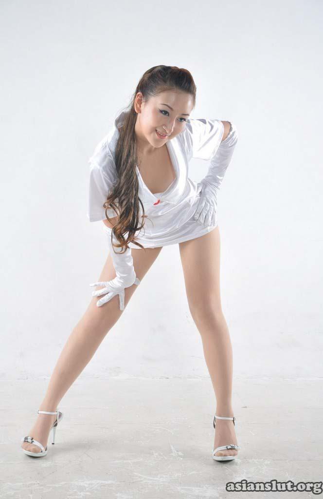 horny chinese model wenwen pose nude
