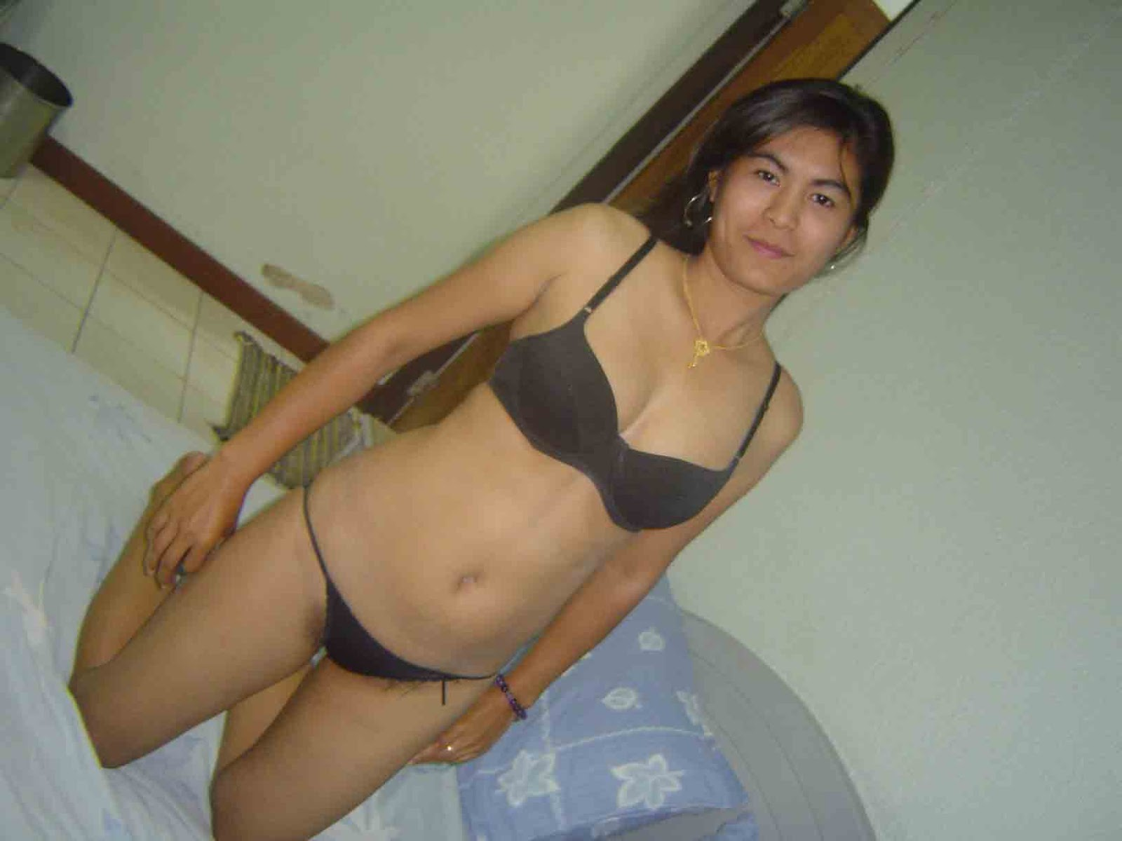 Horny  Indian girl her shaved pussy filled 010