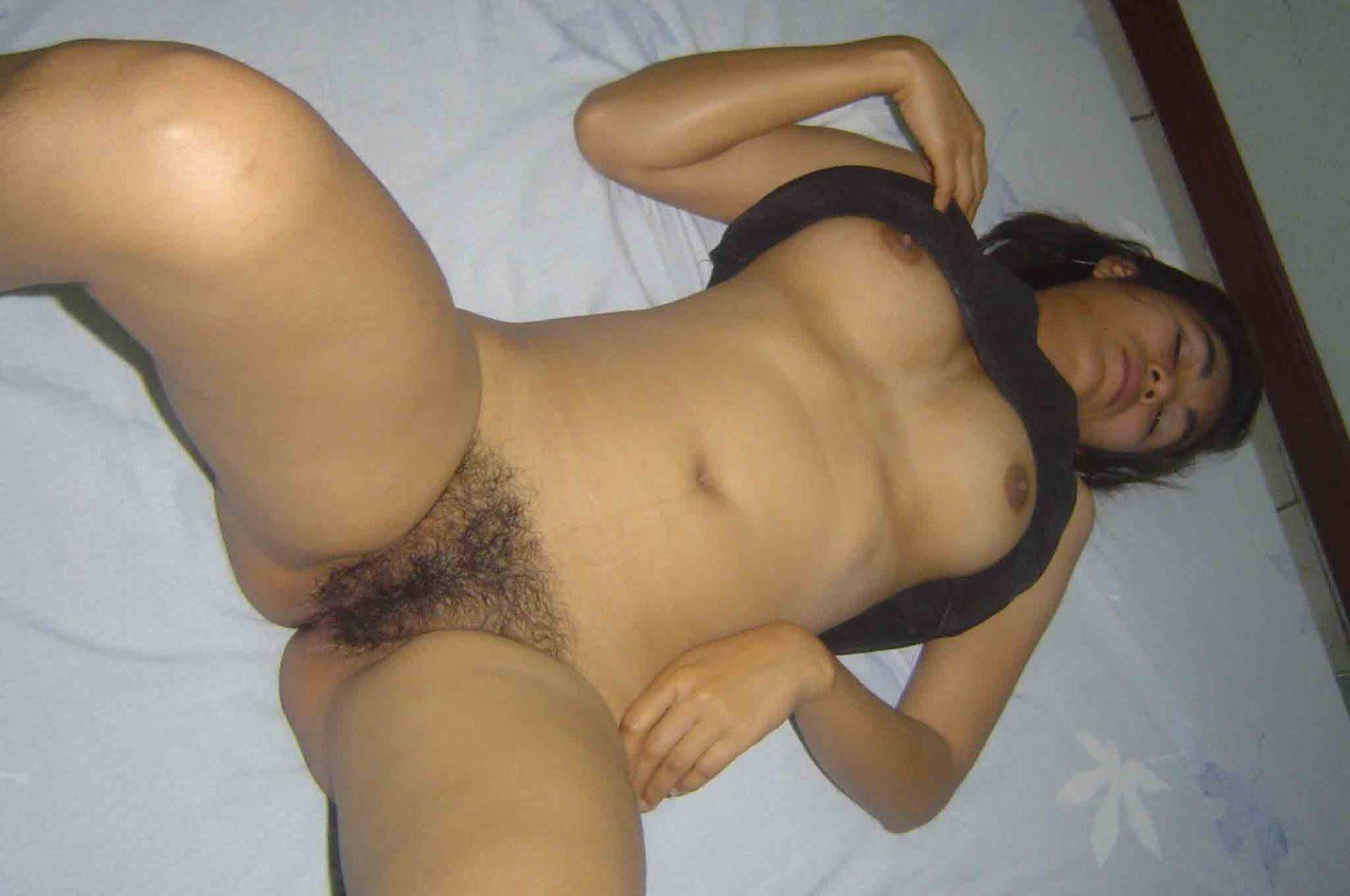 Horny  Indian girl her shaved pussy filled Pussy Spreading Lingerie Indian Female Ethnic Deep Throat Blowjob