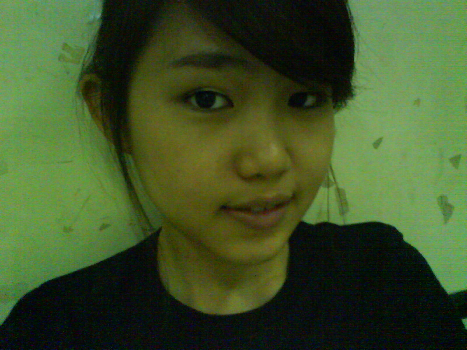 Cute Indonesian girl's nude  photos leaked 003