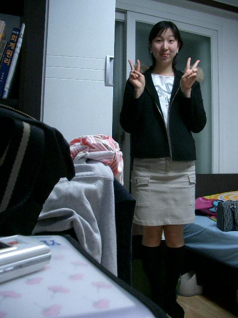 Korean prestigious university sisters 004