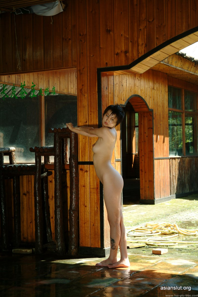 two beautiful chinese model jiayi and shali pose nude For A Private Photo Shoot nipple chinese model asian porn